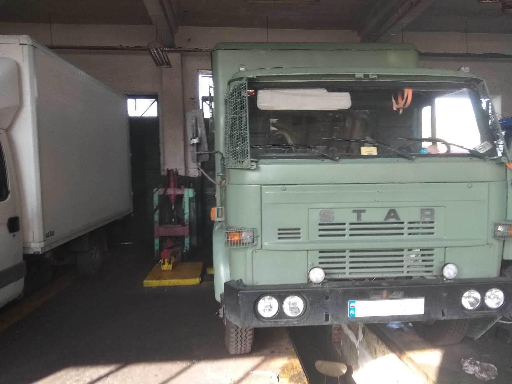 Naprawa ciężarówki STAR